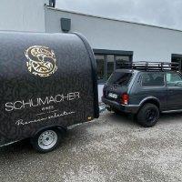 Шумахер купил себе Lada 4x4 для перевозки вина